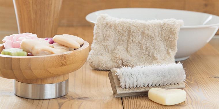 Seife und Waschlappen zum Waschen